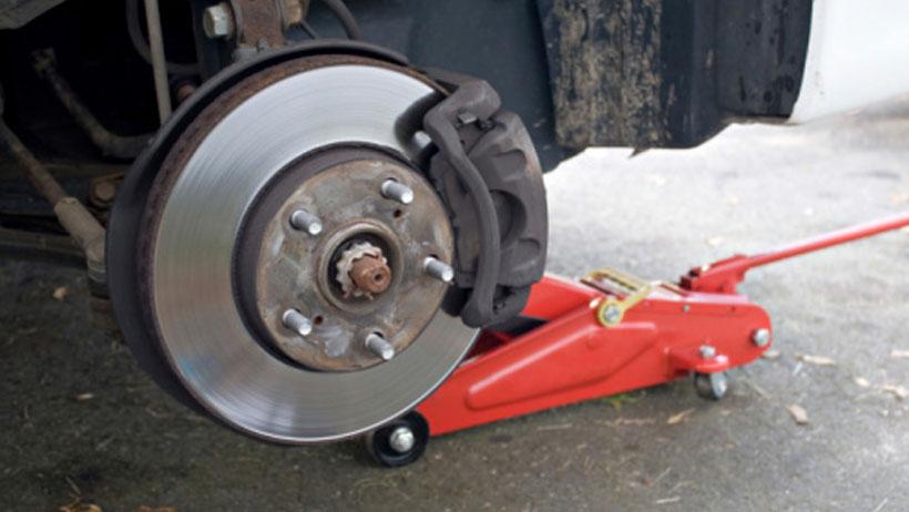 Mechanic Clinic: Changing Front Brake Pads
